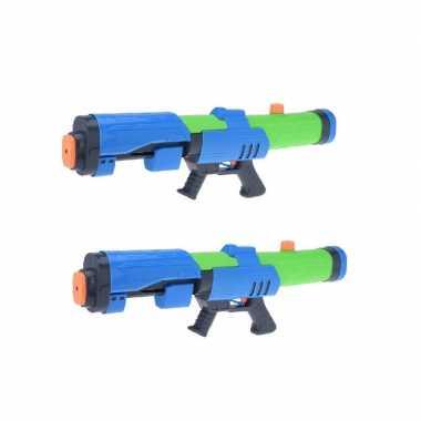 2x mega waterpistolen/waterpistool met pomp blauw/groen van 63 cm kinderspeelgoed