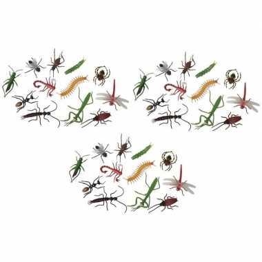 36x plastic speelgoed insecten