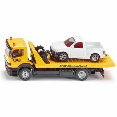 Gele speelgoed sleepwagen