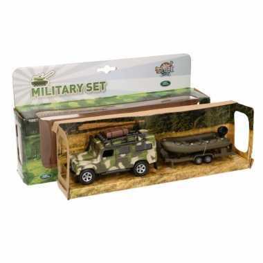 Kinderspeelgoed groene militaire landrover defender