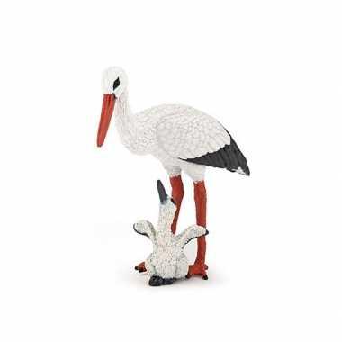 Plastic speelgoed figuur ooievaar met baby ooievaar 7 cm