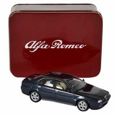 Speelgoed auto alfa romeo 166 1:43