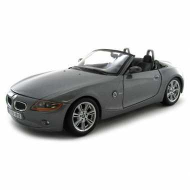 Speelgoed auto bmw z4 cabriolet 1:24