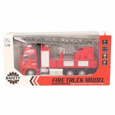 Speelgoed auto brandweerwagen/ladderwagen 18 cm