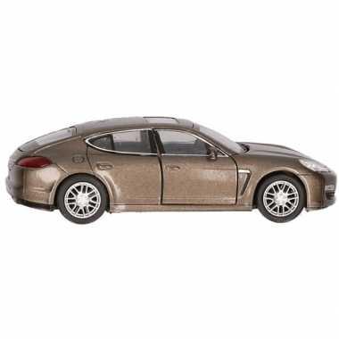 Speelgoed auto bruine porsche panamera s 12 cm