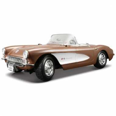 Speelgoed auto chevrolet corvette 1957 1:18