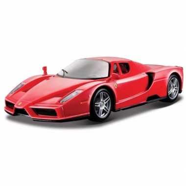 Speelgoed auto ferrari enzo 1:24