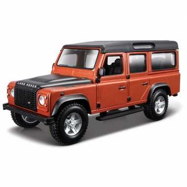 Speelgoed auto land rover defender 110 1:32