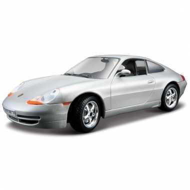 Speelgoed auto porsche 911 carrera 1:24