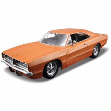 Speelgoed autootje dodge charger r/t 1:18