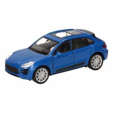 Speelgoed blauwe porsche macan turbo auto 12 cm