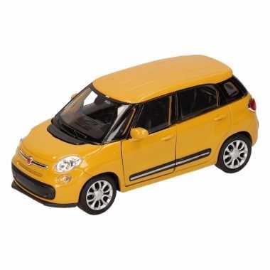 Speelgoed gele fiat 500 l auto 11,5 cm