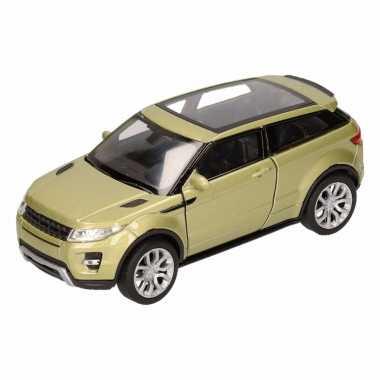 Speelgoed groene land/range rover evoque auto 1:36