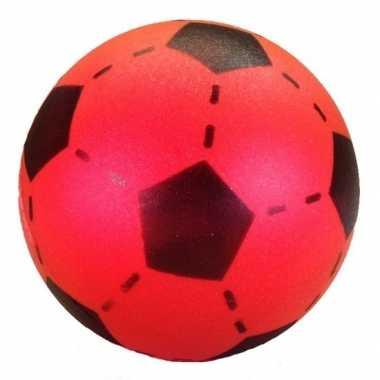 Speelgoed voetbal van foam 20 cm 10136204