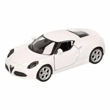Speelgoed witte alfa romeo 4c 2013 auto 16 cm