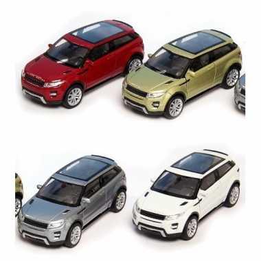 Speelgoed witte land/range rover evoque auto 1:36