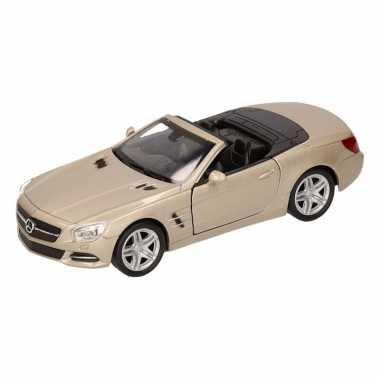 Speelgoed zilveren mercedes sl500 12 open cabrio 1:36