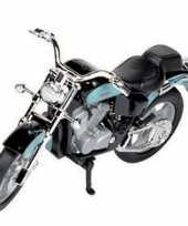 Model speelgoed motor honda shadow 1 18